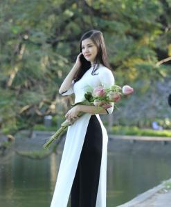 Ao Dai Vietnam White Chiffon