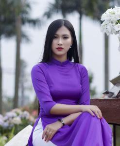 Vietnam traditional dress Ao Dai