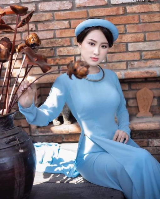 Azul brumoso Ao Dai Vietnam