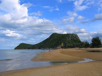 Pranburi Beach biedt vooral veel rust