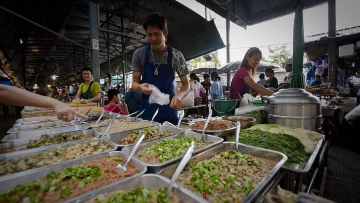 Thaise markten zijn een bezoek waard