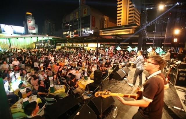 Beer gardens terug in Bangkok na jaar afwezigheid