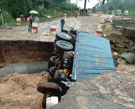 Weg tussen Chiang Mai en Chiang Rai dicht