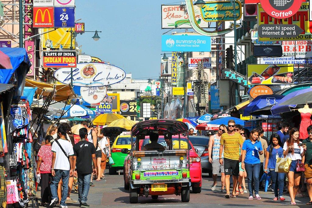 straatverkopers op Khao San Road