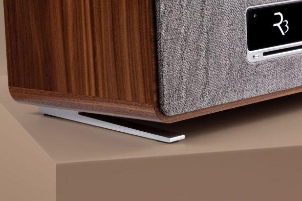 Ruark Audio R3 Compact Music System 06