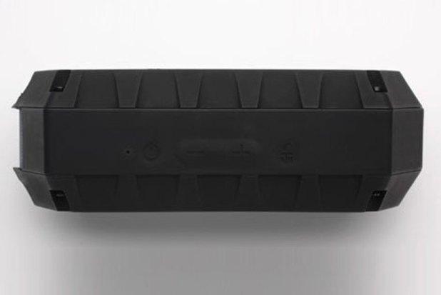 Soundcast VG1 Premium Waterproof Bluetooth Speaker Review 09