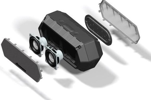 Soundcast VG1 Premium Waterproof Bluetooth Speaker Review 11