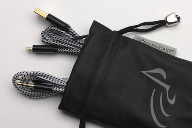 Soundcast VG1 Premium Waterproof Bluetooth Speaker Review 12