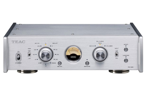 Teac PE 505 Fully balanced Phono Amplifier 04