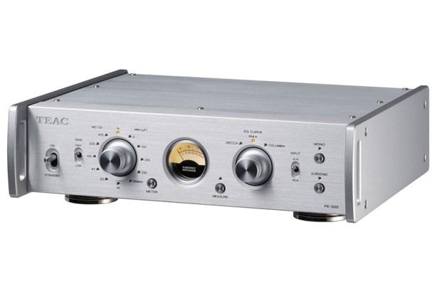 Teac PE 505 Fully balanced Phono Amplifier 05