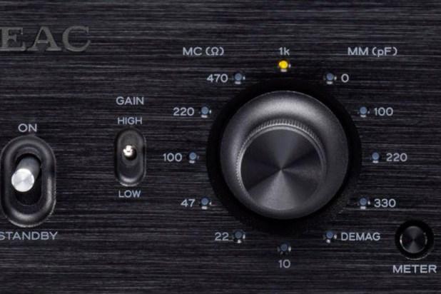 Teac PE 505 Fully balanced Phono Amplifier 09