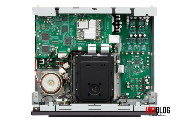 Marantz Model 30 Integrated Amplifier and SACD 30n Network SACD Player 47