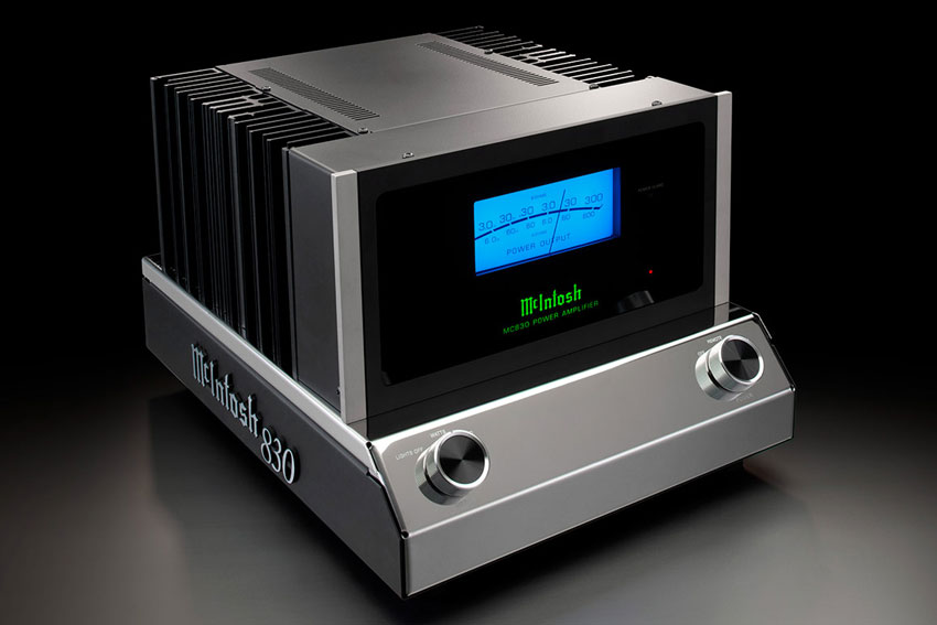 McIntosh MC830 1 Channel Solid State Amplifier 02