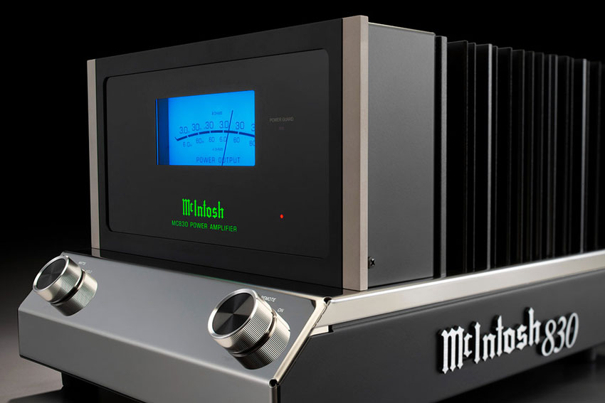 McIntosh MC830 1 Channel Solid State Amplifier 03