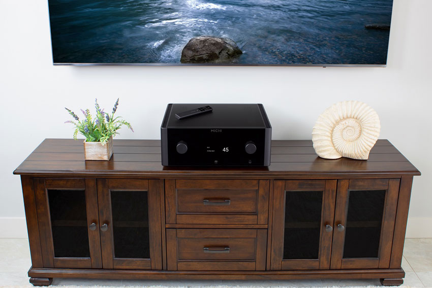 Rotel MICHI X3 Integrated Amplifier and Rotel MICHI X5 Integrated Amplifier 04
