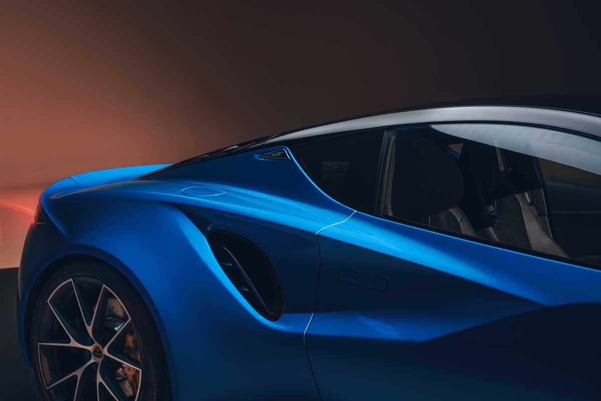 Lotus Emira KEF Premium Audio System KEF Uni Q Chassis 10