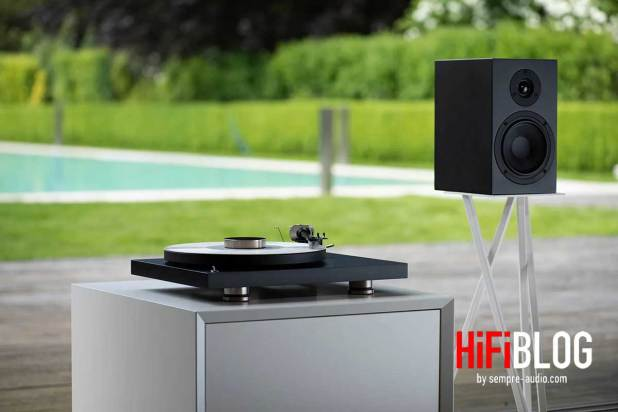 Pro Ject Debut PRO 30th Anniversary Turntable 13