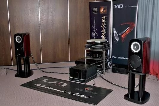 Karan et TAD compact reference 1 CR1