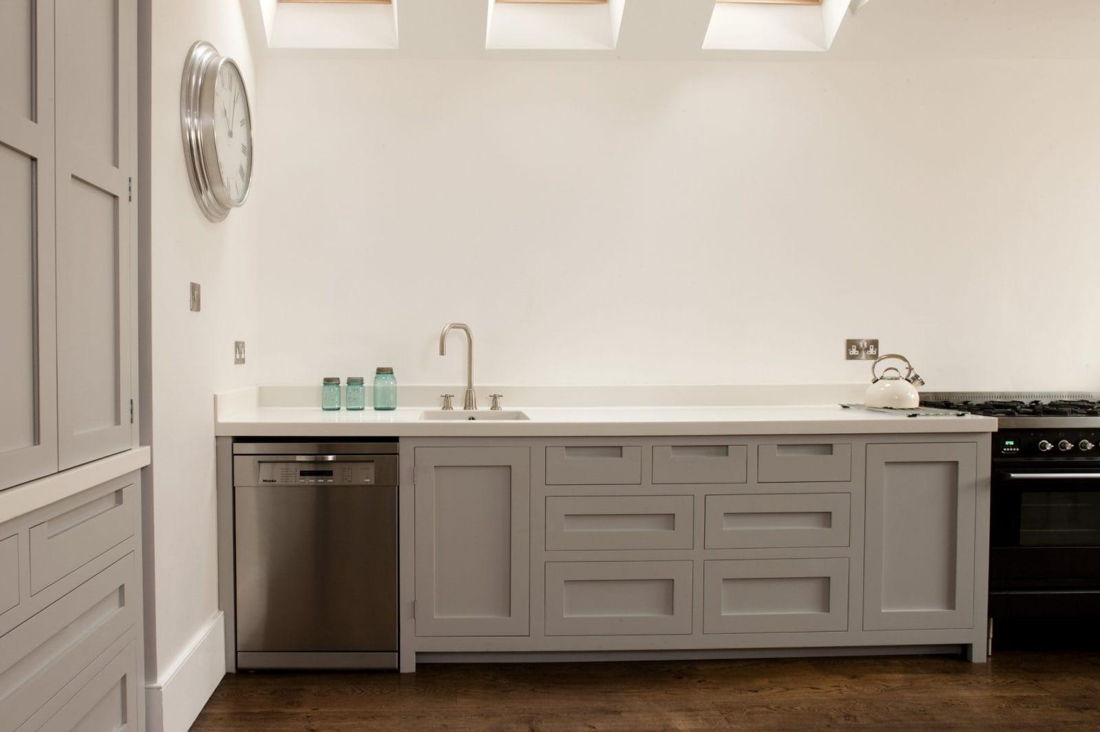 Southfields Handleless Shaker Kitchen Higham Furniture