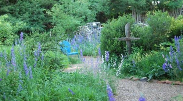 larkspur-garden-chair-Sarah-Solomon-KS