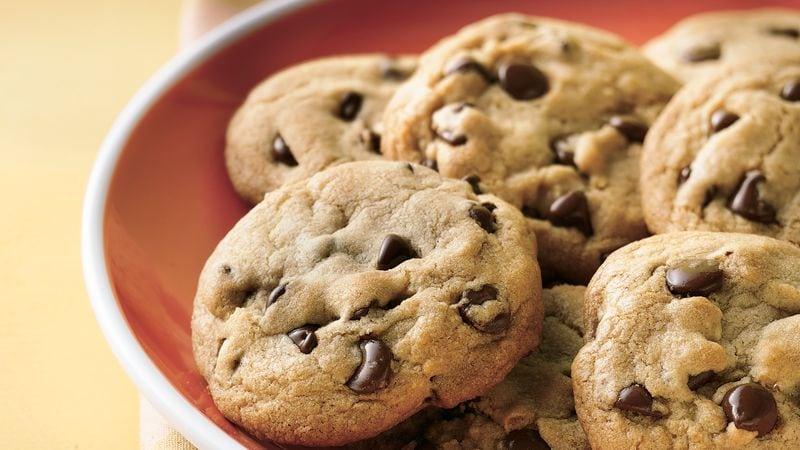 Cannabis Chocolate Chip Cookie Recipe – Ooey Gooey Goodness!