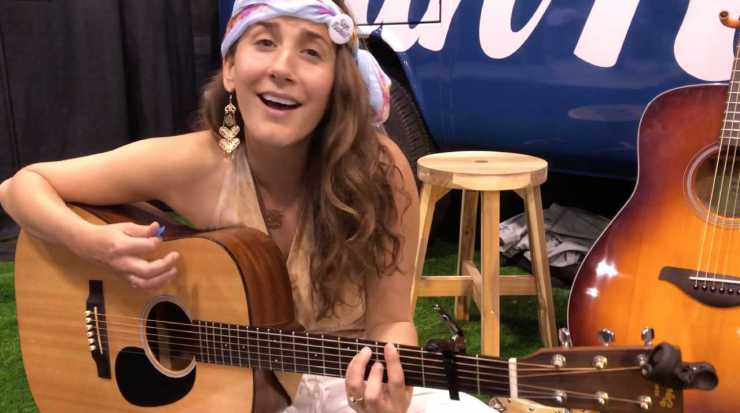Avery Florence jamming at the San Rafael Booth LIFT Cannabis Expo - Lift & Co.