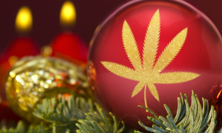 Cannabis Christmas Decorations You Can't Do Without