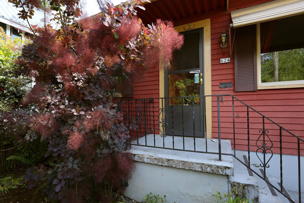 624 SE 36th Ave- Front Porch