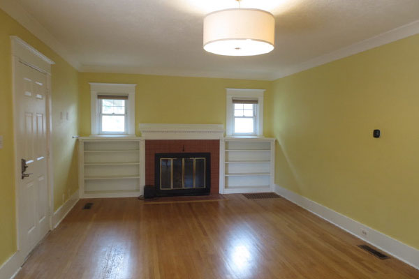 2725-SE-36th-Ave–Living-Room2