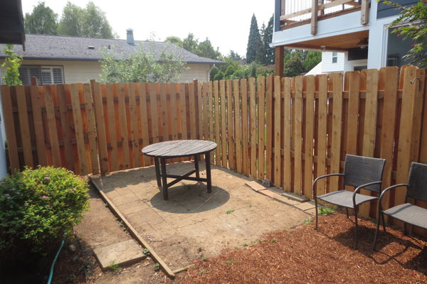 2725-SE-36th-backyard2