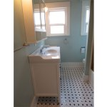 2725-SE-36th-bathroom2