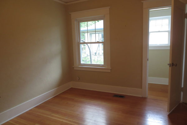 2725-SE-36th-Ave–Bedroom2