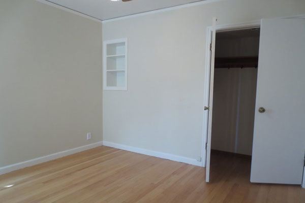 3536-SE-76th,-FosterPowell-Traditional-bedroom4