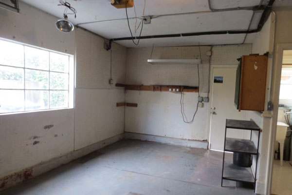 3536-SE-76th,-FosterPowell-Traditional-garage2