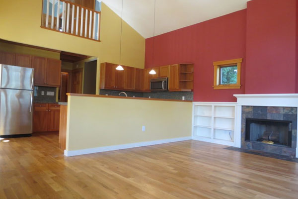 7043-SE-Clinton–600×400–living-room-and-kitchen