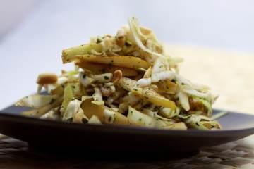 Vietnamesischer Spitzkohl-Birnen-Salat