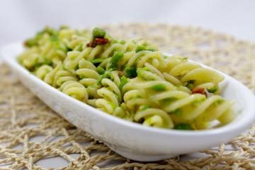 Fusilli mit Erbsen-Pesto