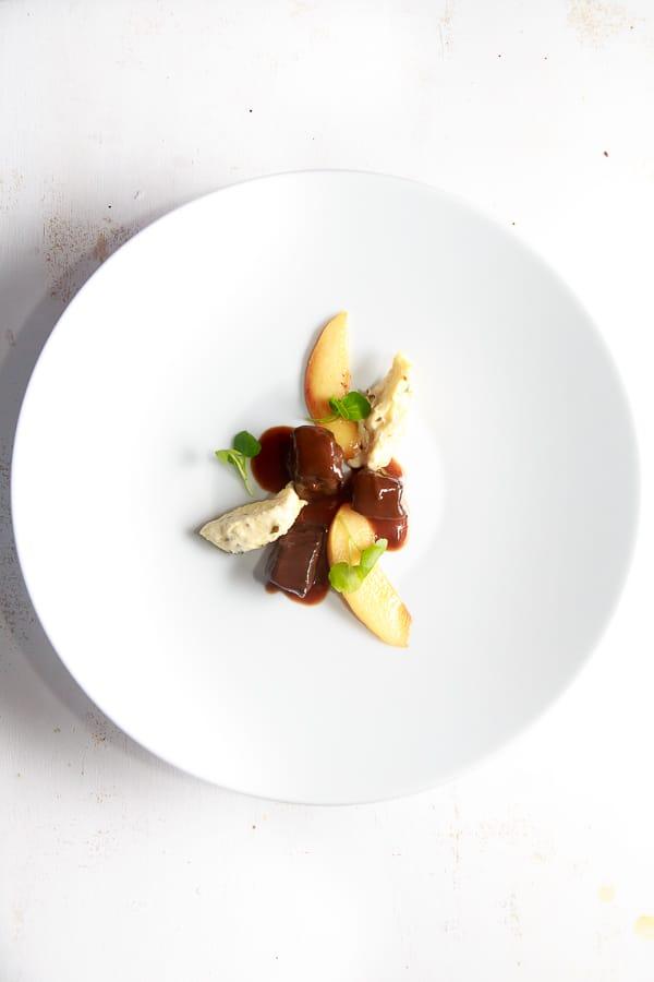 hirschragout-pariser-gnocchi-vanille-quitten-brunnenkresse