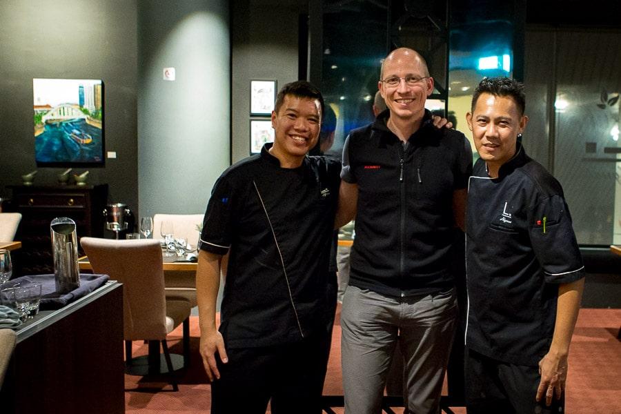singapore-restaurant-labyrinth-2