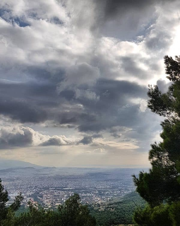Hiking in Athens to Mount Parnitha