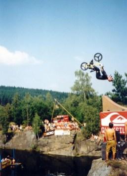 Highjump_2001_020