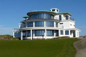 Castle Stuart Golf Links – Clubhouse