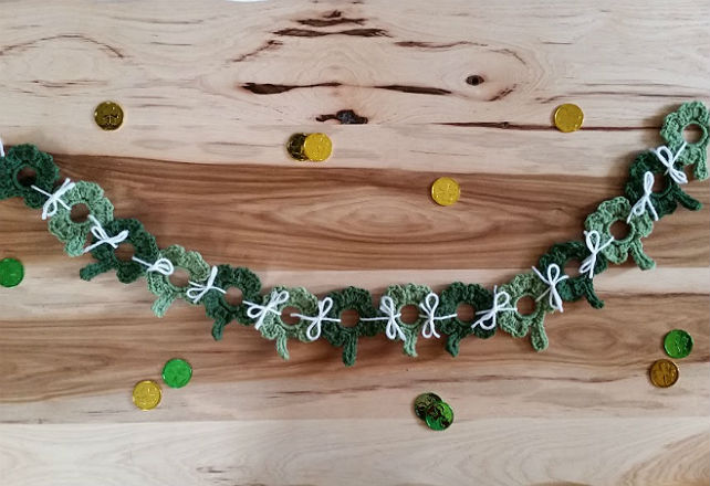 Upcycled Holiday Garland