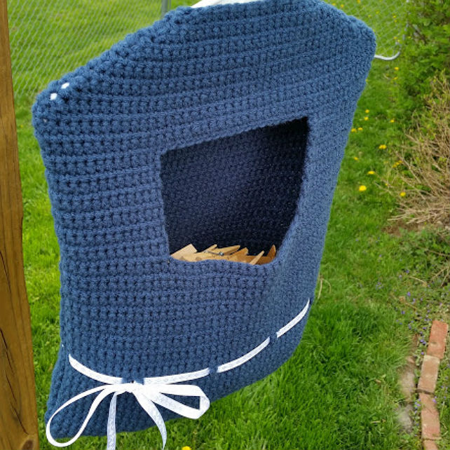 Blue Ribbon Clothespin Bag