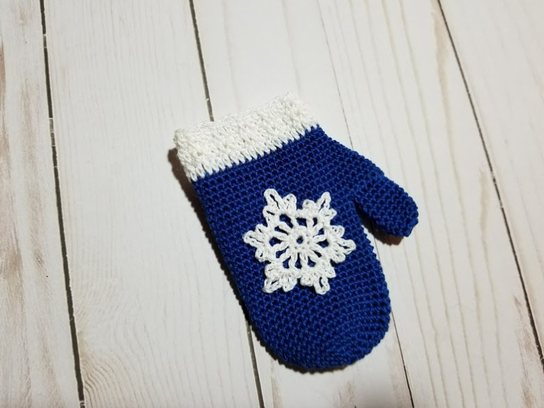 mitten ornament gift card holder