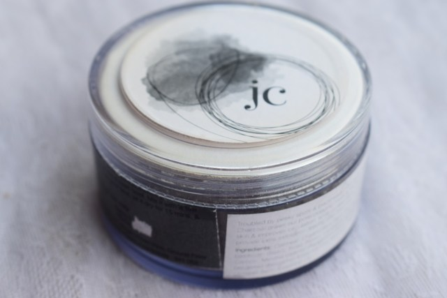 Juicy Chemistry Tea Tree & Charcoal Mask (5)