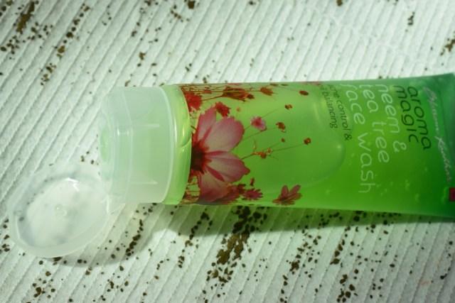 aroma magic neem & tea tree face wash (6)
