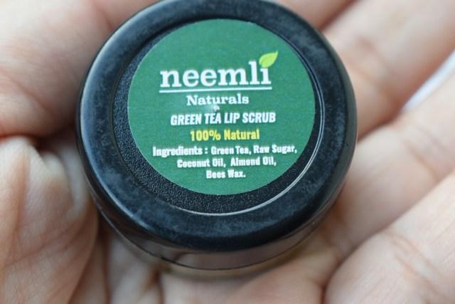 Neemli Naturals Green Tea Lip Scrub - Ingredients