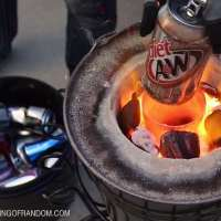 The Home Made Flower Pot Foundry, Melting Aluminium Cans in an Instant...