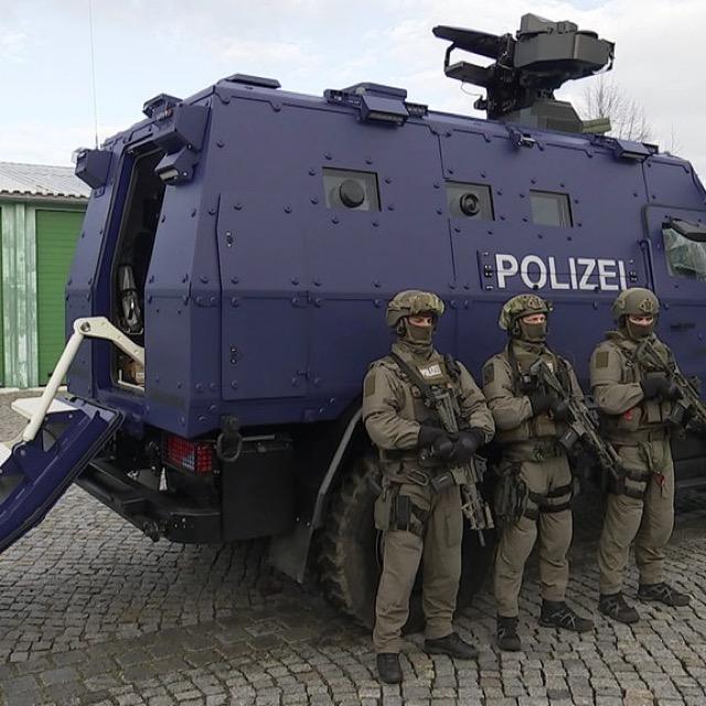 Spezialfahrzeug der Spezialeinsatzkräfte Sachsen (SS)